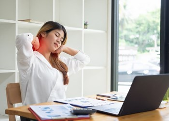 10 Ergonomic Hazards In The Workplace To Look Out For
