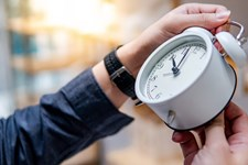 5 Tips To Help Your Body Adjust To Daylight Saving Time