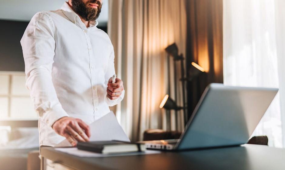 Office Desks: Sitting vs. Standing
