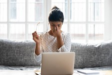 8 Daily Habits That Harm Your Mental Health