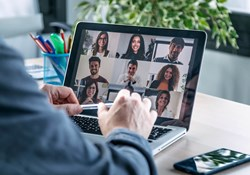 6 Common Issues When Managing Remote Teams And How To Fix Them