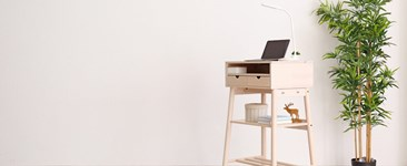 Standing Desks: Pros and Cons to Consider