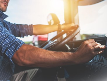 4 Common Safety Hazards For Truckers And How To Minimize Risk